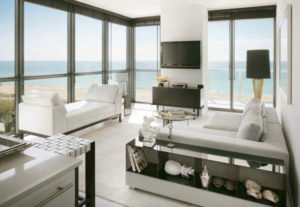 W-South-Beach-residence-living