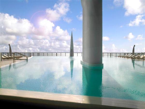 jade-ocean-pool