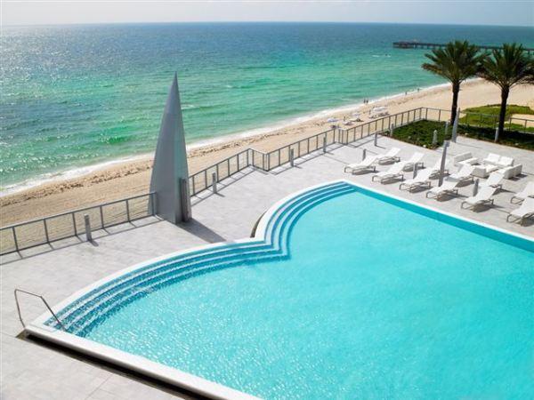 jade-ocean-pool-view