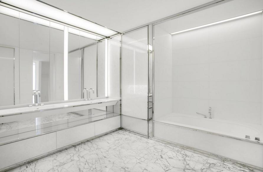 bathroom-faena