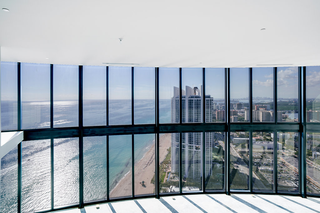 02_porsche_tower_unit_photo_by_MiamiRealEstatePhotographers.com